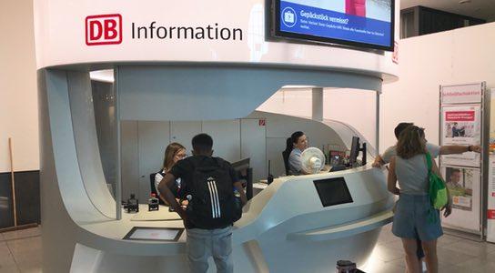 DB Information im neuen Zukunftsdesign - Foto: www.bahnhof-erfurt.de