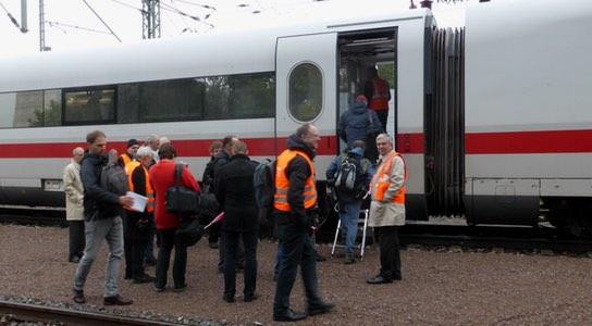 Test-ICE-S misst bei 330 km/h - Bahnhof-Erfurt.de